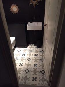 wc carreler avec des carreaux de ciment