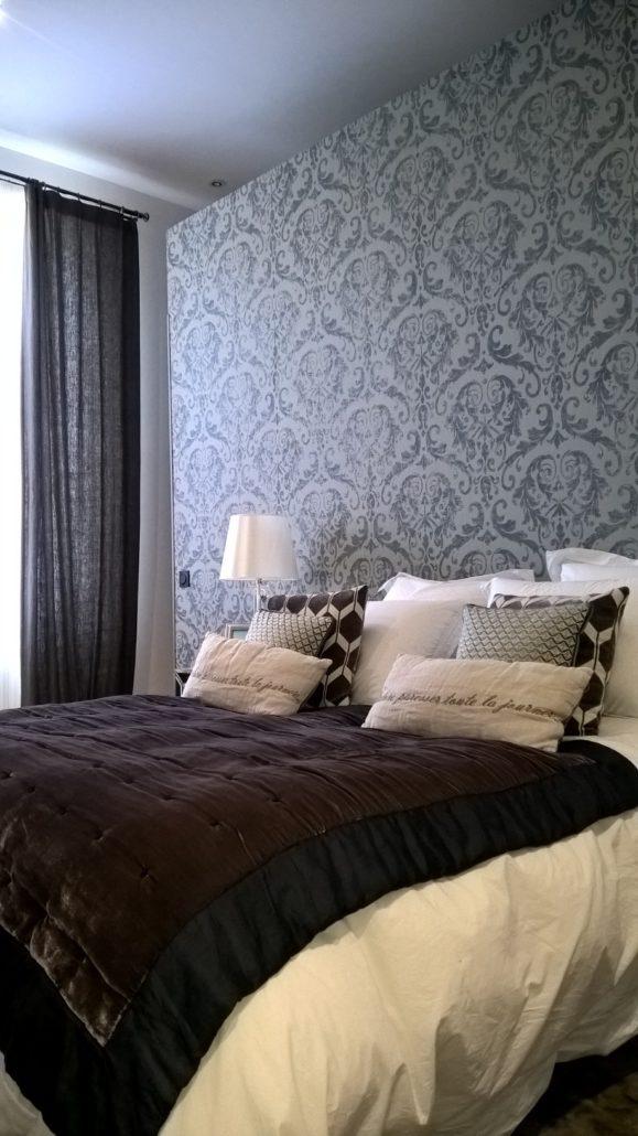 le papier peint revient en force dans nos int rieurs. Black Bedroom Furniture Sets. Home Design Ideas